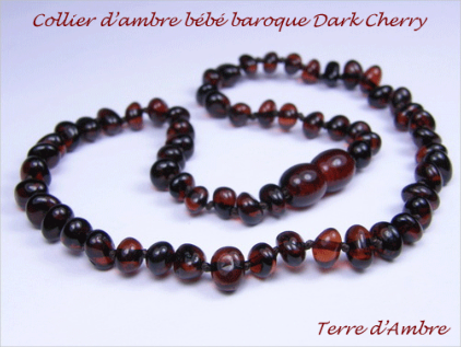 Collier d'ambre bébé baroque Dark Cherry