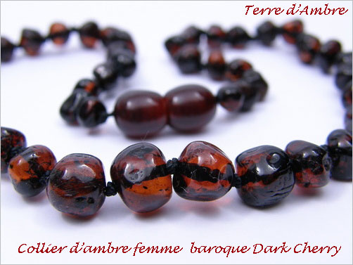 Collier d'ambre baroque dark cherry